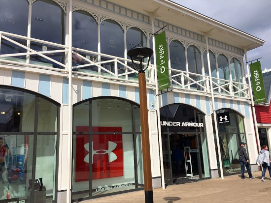 Under Armour   Picture of Batavia Stad Amsterdam Fashion Outlet, Lelystad   TripAdvisor