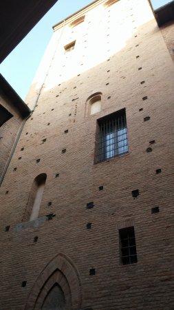 Torre Uguzzoni