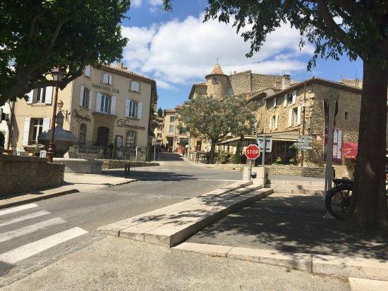 Chateauneuf-du-Pape, France: photo1.jpg