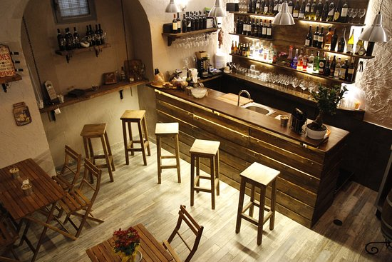 Taverna Speranzella Wine Bar: getlstd_property_photo