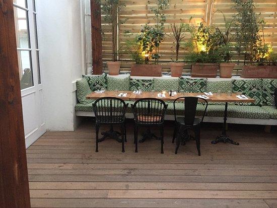 auteuil brasserie paris restaurant reviews phone number photos tripadvisor. Black Bedroom Furniture Sets. Home Design Ideas