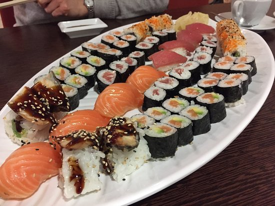 Sushi wok chinese restaurant marienstr 8 in neu ulm for Asia cuisine ulm