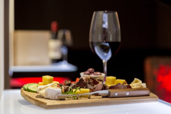 George, South Africa: Dried meat and cheese platter