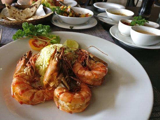 Malli's Seafood Restaurant: IMG_20170430_144506_large.jpg