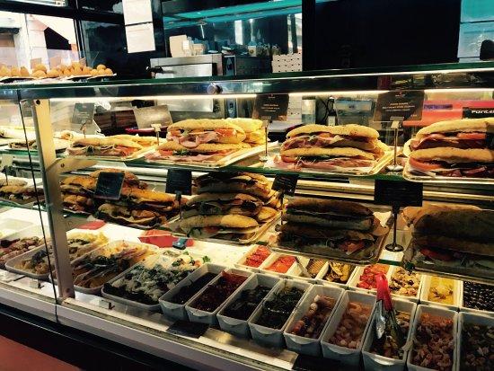 Little Italy Caffe : photo8.jpg