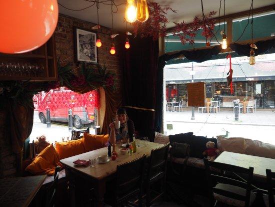Al Santo Restaurant: A corner