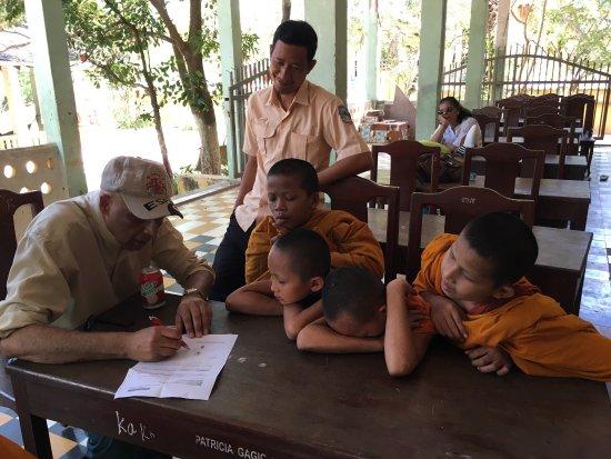 Premier Angkor Tours : photo0.jpg