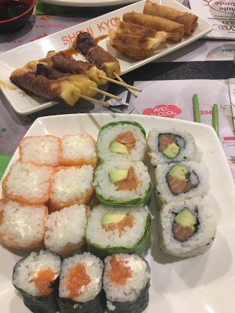 Restaurant sushi kyo dans villeneuve d 39 ascq avec cuisine for Cuisine villeneuve d ascq