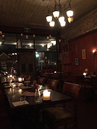 Richmond, Australia: What a pleasant change. A Mexican restaurant with authentic food  Fresh, clean flavours. Friendl