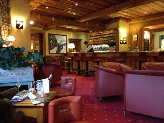le bar picture of les bas rupts et chalet fleuri