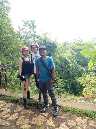 Sleman, Indonesia: prepare go down in jomblang cave