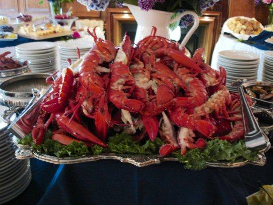 Freeport, ME: Lobster Sunday Brunch