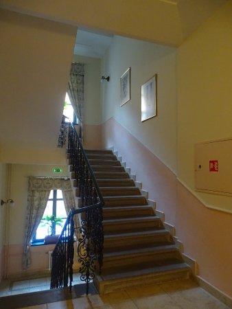Anna Hotel: palier du 1er étage
