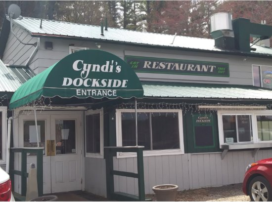 Poland, Maine: Cyndi's Exterior