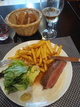 Selles-sur-Cher, France: merlan et frites maison