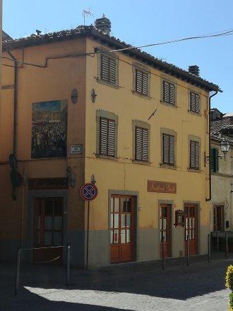 Vicchio, إيطاليا: IMG_20170430_151057_large.jpg