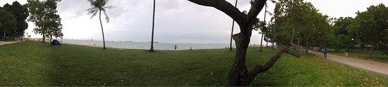 East Coast, Σιγκαπούρη: Combination of coastal sandy beach and wooded park