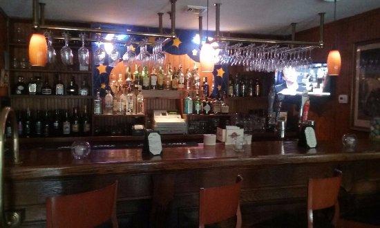 Hudson House Inn: bar