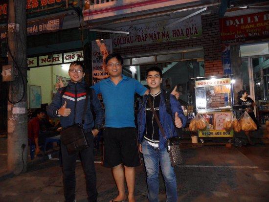 Lao Cai, Vietnam : Khach Hang
