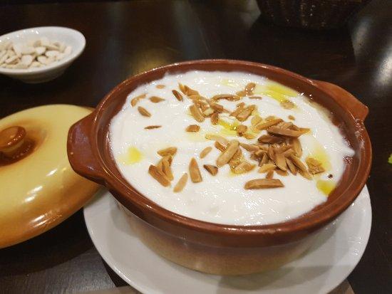 Antelias, Líbano: Karket el haj