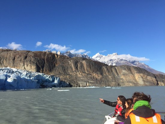 Lago Grey Hosteria and Navegacion: Wind, whiskey, and selfies on boat trip to Lago Grey glacier.