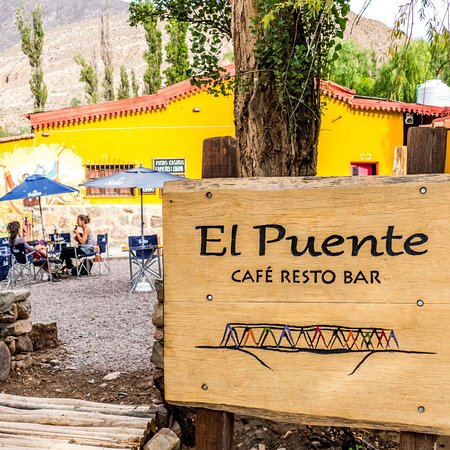 El Puente Cafe Resto Bar