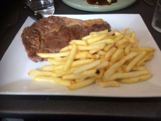 Prats de Mollo la Preste, Fransa: viande d'entrecôte très tendre