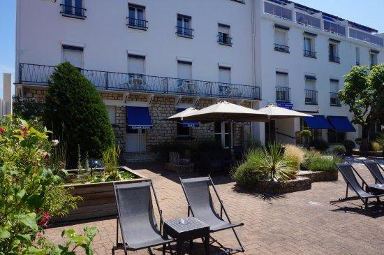 Hotel Restaurant Saint Pierre D Oleron