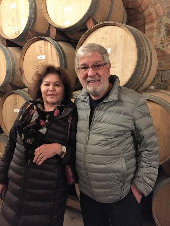 Castello di Amorosa: Aroma do vinho se espalha pelo ar!
