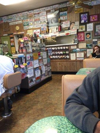 Camarillo, CA: Inside the restaurant