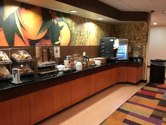 Fairfield Inn & Suites Roanoke Hollins I-81: Fairfield Inn & Suites