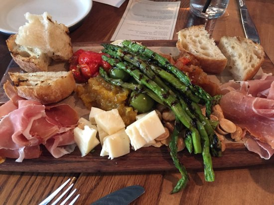 North Italia: Chef's Board as an appetizer , yummy !!!