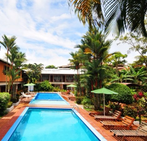 Hotel Mar de Luz: es una mezcla del área de piscina y habitaciones