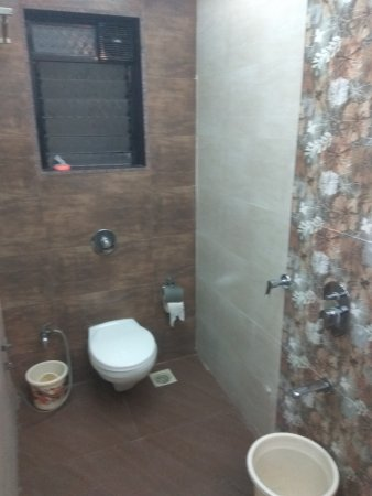 Stains In Commod Picture Of Hotel Kashish International Kalyan
