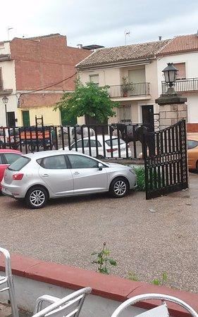 Marmolejo, Spain: Aparcamiento exterior