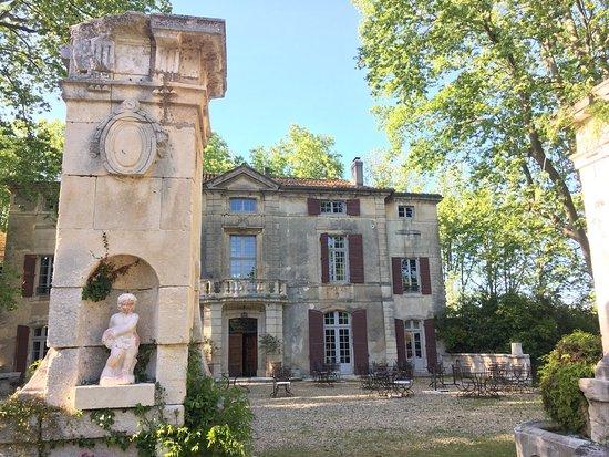 Chateau de Roussan: photo0.jpg
