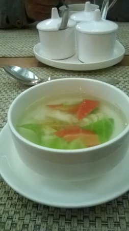 Hotel Accolade: veg clear soup