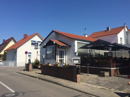 Limburgerhof, Германия: Von aussen unscheinbar, von innen lecker