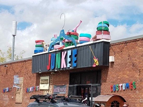 Junkee Vintage