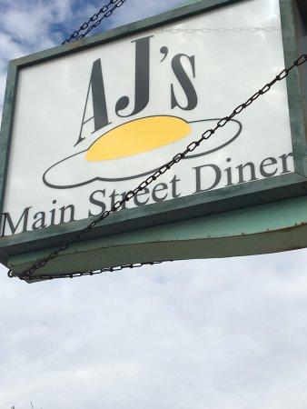 Main Street Diner: Street sign