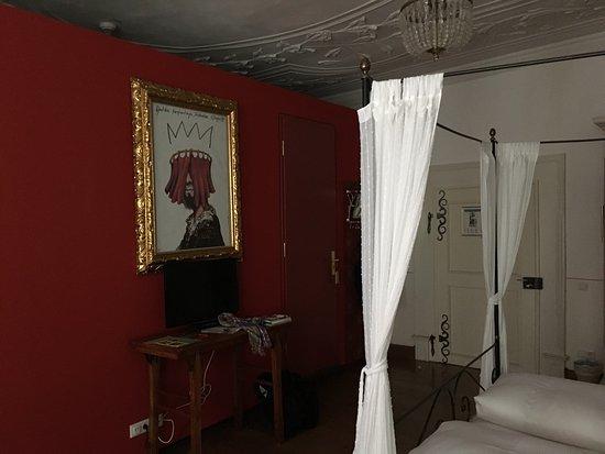 Hotel Orphée Grosses Haus: Typisch Orphée