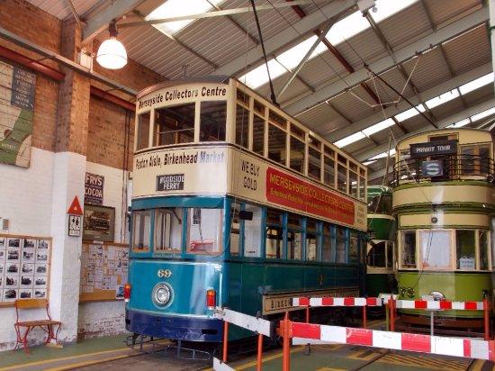 Hong Tram as Birkenhead 69