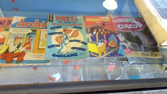 Dayton, WA: old comic books