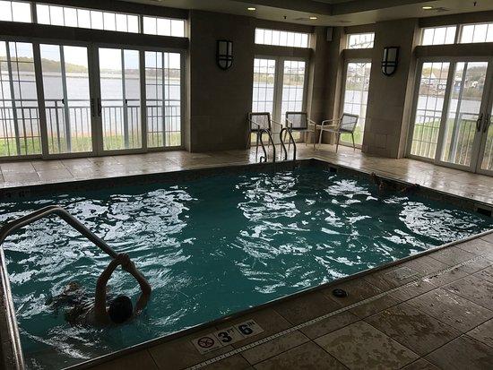 Newport Beach Hotel and Suites: photo3.jpg
