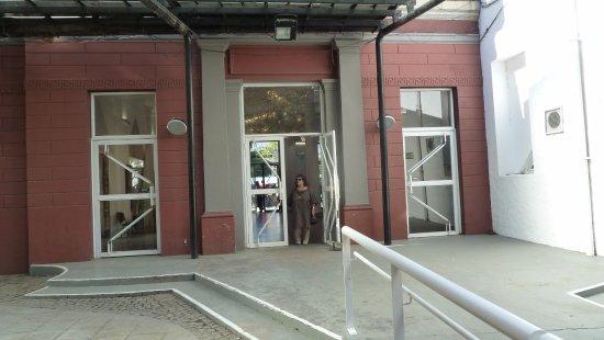 Centro Cultural Recoleta : Ingresso al cortile