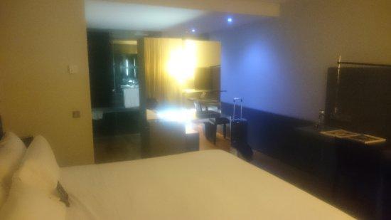 Hotel Reina Petronila: DSC_0005_large.jpg
