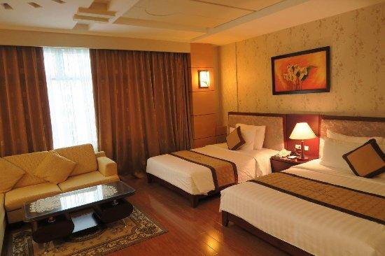 Northern Hotel Saigon: Habitación triple.