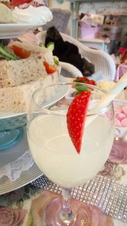 Great Yeldham, UK: Lovely lemonade