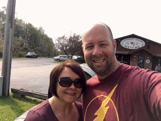 Conneaut Cellar Wineries: Mr and Mrs. South Hills Critic