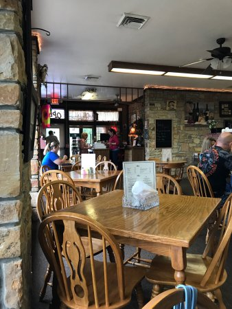 Cave in Rock, IL: Cave-In-Rock State Park Lodge